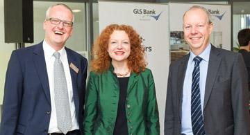 Carsten Schmitz (GLS Regionalleiter), Carsten Schmitz, Margarethe Bause (Landtagsabgeordnete), Thomas Jorberg (GLS Vorstand)