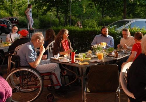 Eine bunte Wohngemeinschaft: Habito e.V.