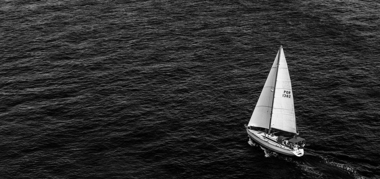 Schiffsmeldungen im Wirtschaftsteil