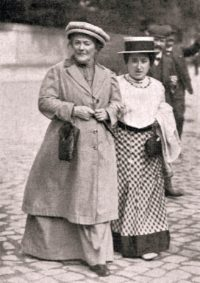 Clara Zetkin, links, mit ihrer Vertrauten Rosa Luxemburg Weltfrauentag