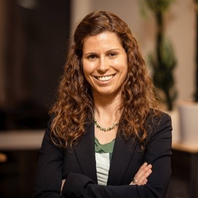 Alma Spribille, Gründerin WEtell, nachhaltiger Mobilfunk